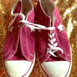 Preowned converse